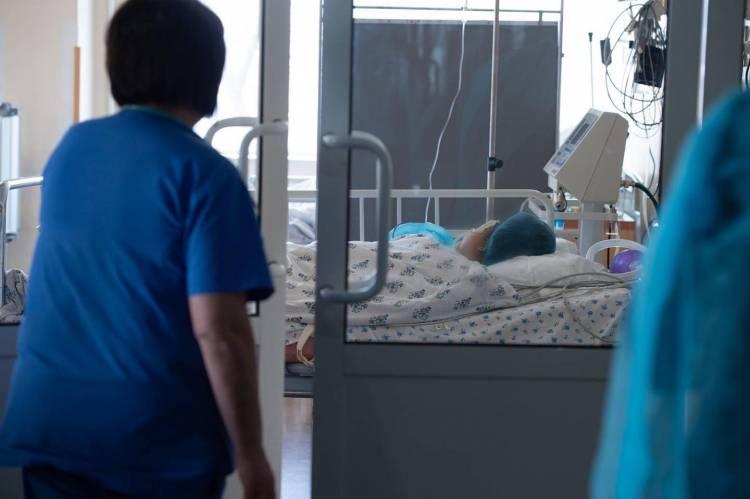 Գյումրիում ծեծի ենթարկված 13-ամյա աղջիկը սկսել է շնչել ինքնուրույն, հանվել է արհեստական շնչառության սարքը