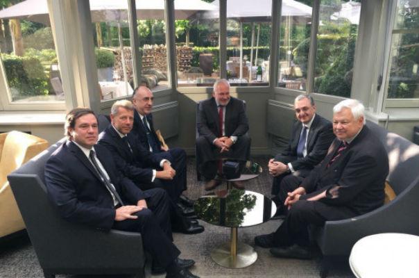 Բրյուսելում մեկնարկել է Հայաստանի և Ադրբեջանի արտգործնախարարների հանդիպումը