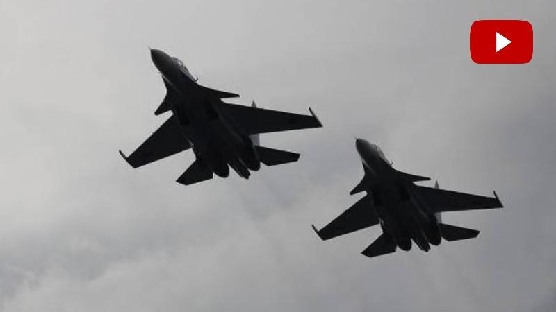 Երևանի երկնքում ՍՈւ 30 ինքնաթիռները նախապատարաստական թռիչքներ են իրականացնում օդային շքերթի համար