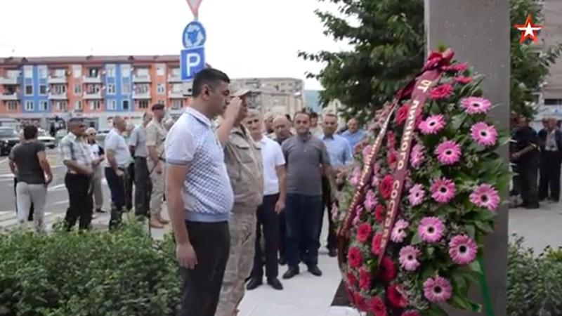 Ռուս խաղաղապահներն Արցախում հարգել են Ծովակալ Իսակովի հիշատակը