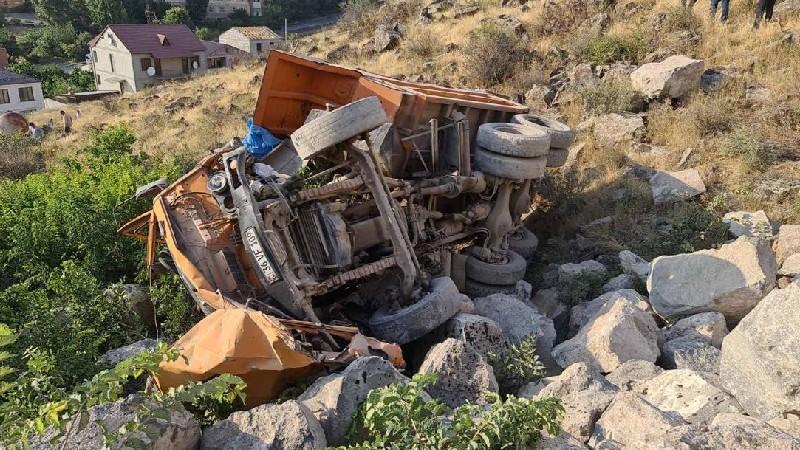 «Կամազ»-ը գլորվել է ձորը. վարորդը տեղում մահացել է