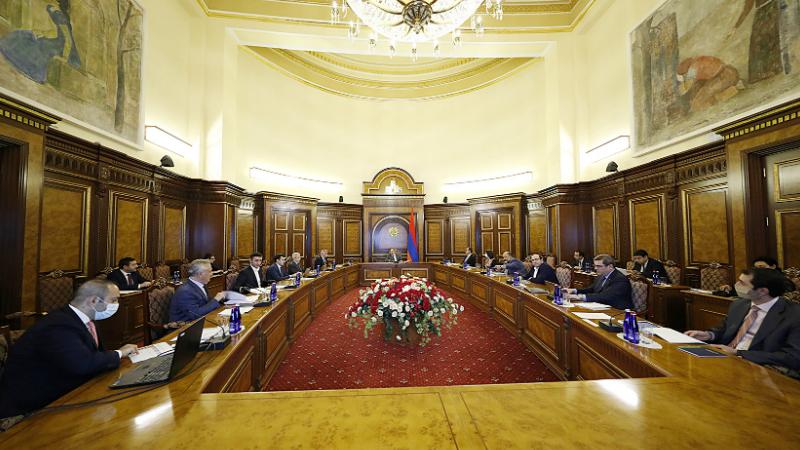 Կառավարությունում քննարկվել են պետություն-մասնավոր հատված համագործակցությամբ տարբեր ոլորտներում ներդրումային ծրագրերի իրականացման հնարավորություններին վերաբերող հարցեր