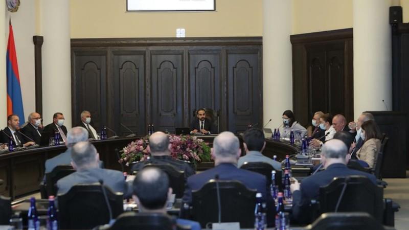 Կառավարությունը նախատեսում է ստեղծել առանձին մասնագիտացումներ ունեցող քաղաքացիական և վարչական պալատներ