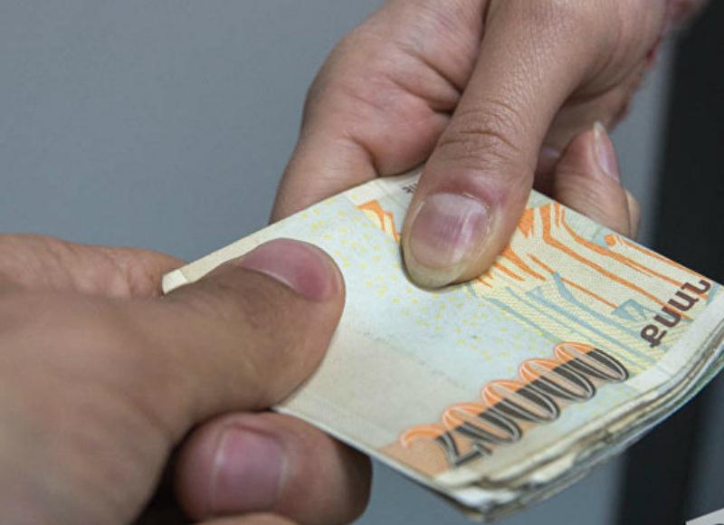 Այնթափի 2 բնակիչ 50 000 դրամ կաշառք են տվել ՔԿՀ–ներից մեկին բուժակին