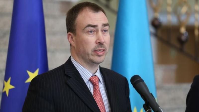 ԵՄ հատուկ ներկայացուցիչն անհանգստություն է հայտնել հայ-ադրբեջանական սահմանին տիրող իրավիճակի կապակցությամբ