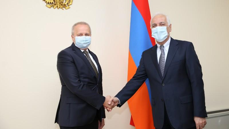 Նախարար Վահագն Խաչատուրյանը հանդիպում է ունեցել ՌԴ դեսպան Սերգեյ Կոպիրկինի հետ