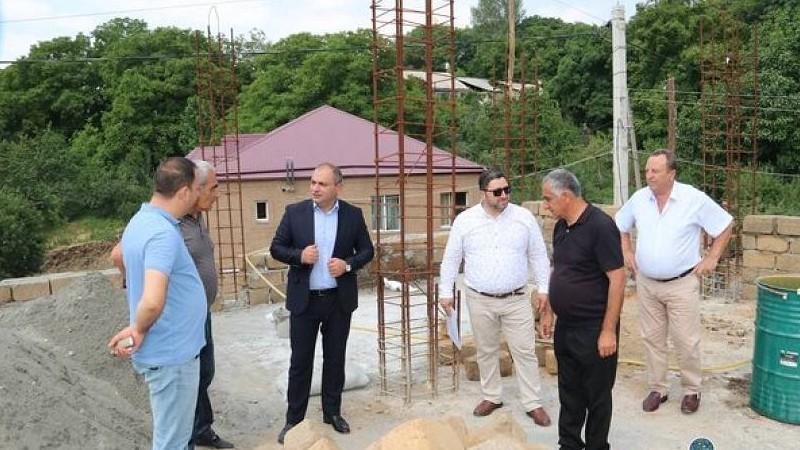 Գեղաշենում հիմքից կառուցված նոր մանկապարտեզը շուտով կհանձնվի շահագործման․ Կոտայքի մարզպետն այցելել է համայնքներ