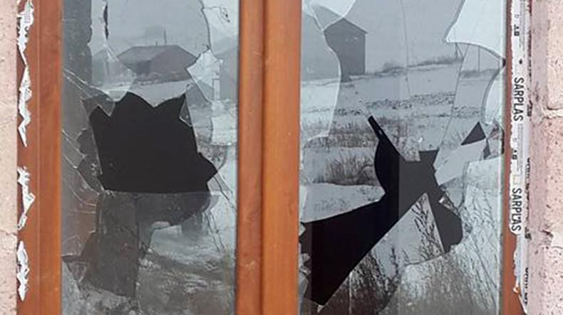 Քաղաքացին պատուհանը կոտրել է, մտել տուն, գողացել գորգն ու վաճառել անծանոթ մեկին