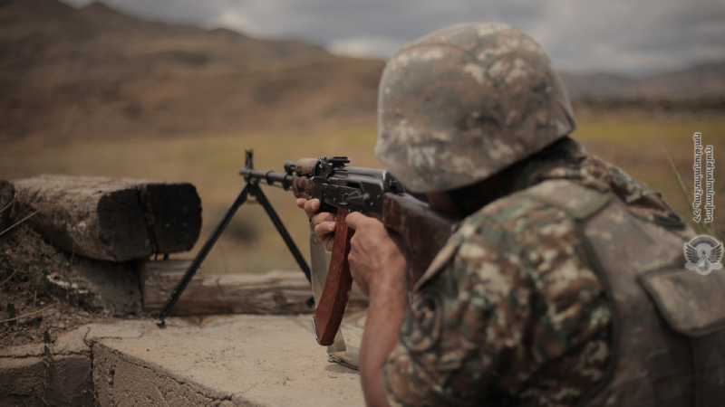4-րդ զորամիավորման ենթակա զորամասերից մեկի հրաձգարանում անցկացվել է կրակային պատրաստության պարապմունք