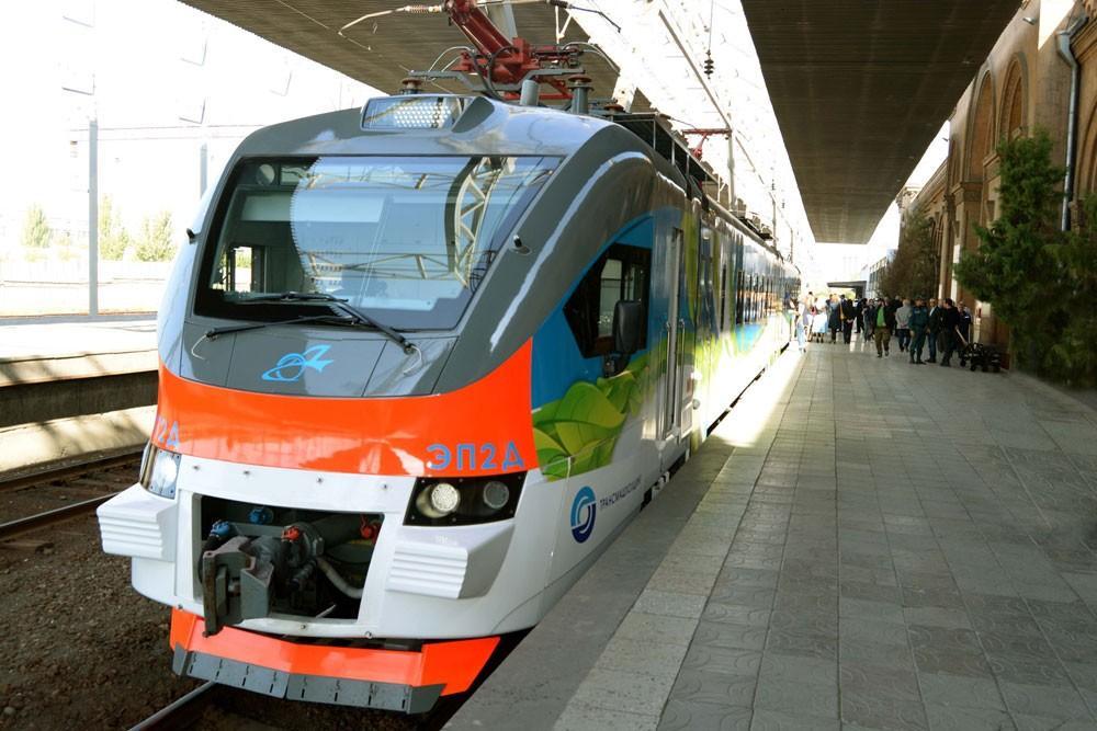 Բախվել են ՀԿԵ գնացքը և ավտոմեքենան. կա տուժած