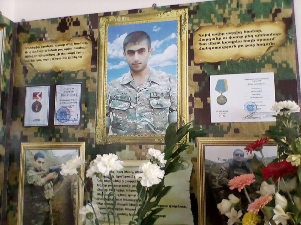 Այսօր  ԼՂՀ- ում զոհված հերոս Արամայիս Ոսկանյանի հիշատակի հավերժացման և անմահացման տարելիցն է(ֆոտոշարք)