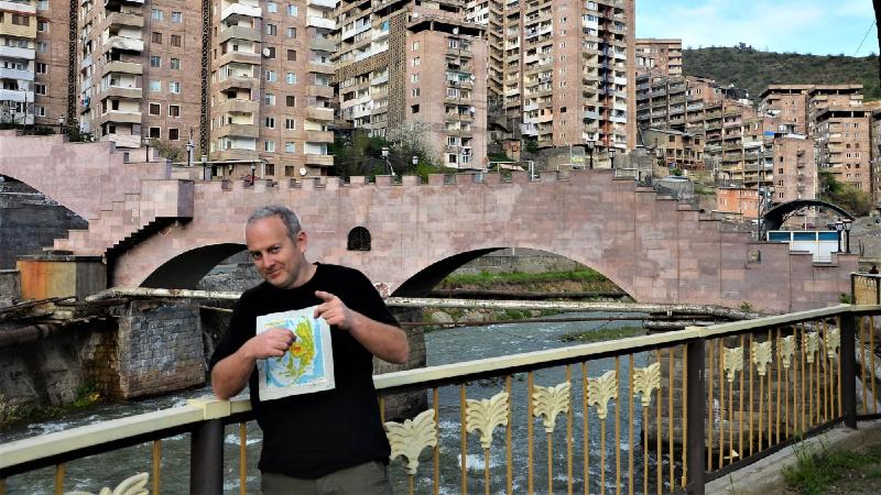 Ադրբեջանցիները պարբերաբար այցելում են Կապան՝ գնումներ կատարելու. Լապշին
