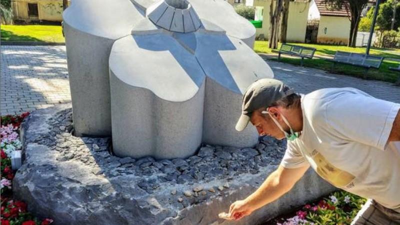 Լապշինն Իսրայելում այցելել է Հայոց ցեղասպանության զոհերի հիշատակին նվիրված հուշարձանին