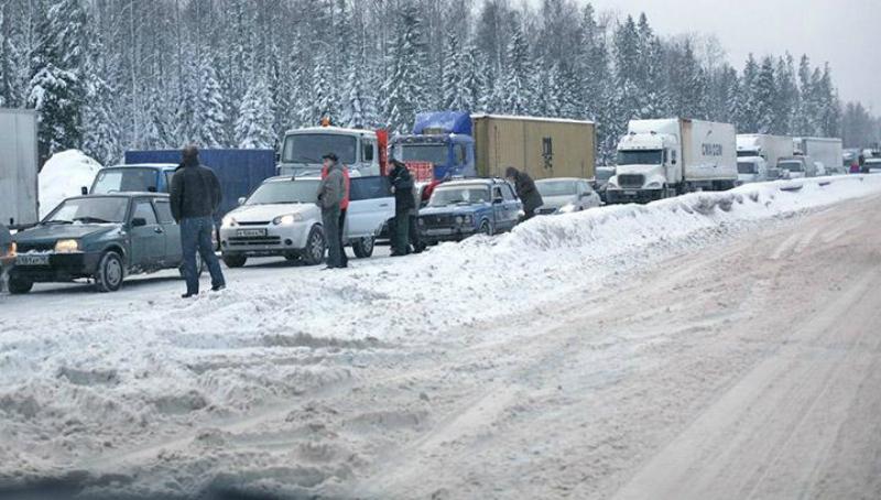 Ստեփանծմինդա-Լարս ավտոճանապարհը փակ է բեռնատարների և բաց մարդատար ավտոմեքենաների ու ավտոբուսների համար