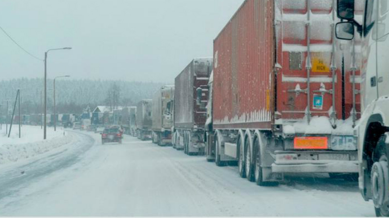 Լարսի ճանապարհը փակ է. ռուսական կողմում կան կուտակված 940 բեռնատար, 60 մարդատար ավտոմեքենա