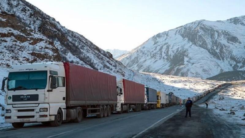 Սյունիքի մարզի ճանապարհները դժվարանցանելի են․ Լարսի ռուսական կողմում կա կուտակված 820 բեռնատար ավտոմեքենա