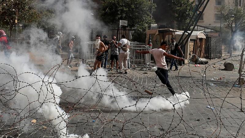 Լիբանանցի զինվորականներին հաջողվել է ԱԳՆ շենքից հանել ցուցարարներին