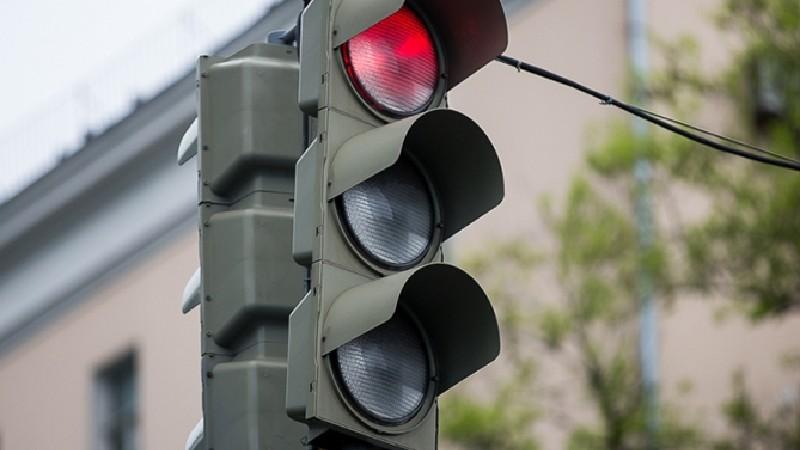 Մաշտոցի պողոտա-Մոսկովյան փողոց խաչմերուկի տրանսպորտային լուսացույցները կտեղափոխվեն․ ՃՈ