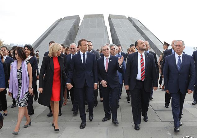 Մակրոնը ստորագրել է ապրիլի 24-ը Հայոց ցեղասպանության զոհերի հիշատակի օր հռչակելու մասին համաձայնագիրը