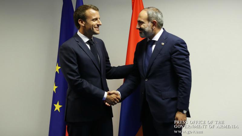 Մակրոնը Փաշինյանին շնորհավորել է ՀՀ վարչապետի պաշտոնին նշանակվելու կապակցությամբ և բարձր գնահատել երկրում ժողովրդավարական գործընթացների իրականացումը