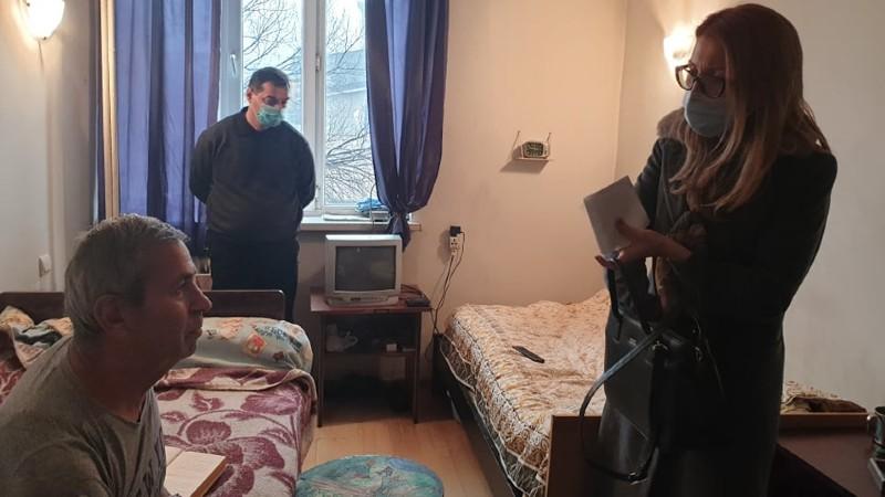 Մանե Թանդիլյանն այցելել է Նորքի տուն-ինտերնատ, որտեղ ներկայումս գտնվում են Ստեփանակերտի տուն-ինտերնատից տեղափոխված տարեցները