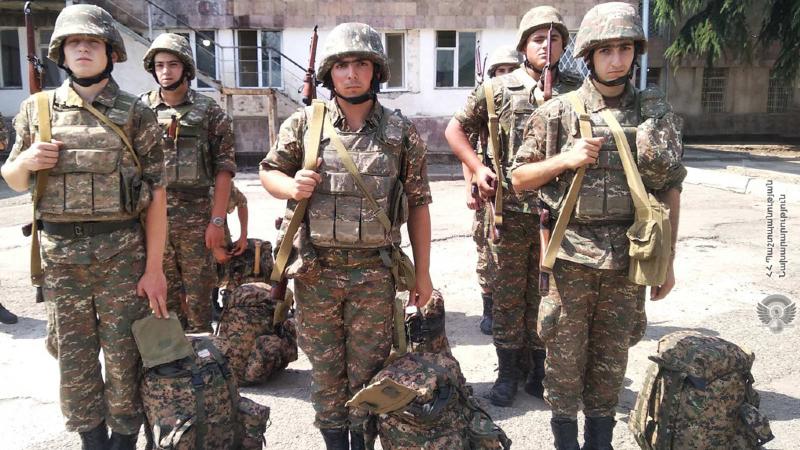 Զորամիավորումներում և զորամասերում անցկացվել է մարտական հերթապահություն իրականացնող զինծառայողների հերթափոխ