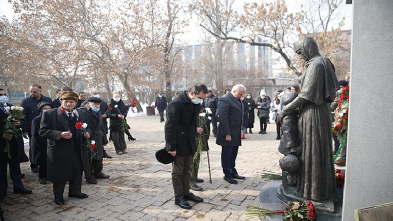 Հայկ Մարությանը և ՀՀ-ում ՌԴ դեսպանը մասնակցել են Լենինգրադի պաշարման ավարտի տարեդարձին նվիրված արարողությանը