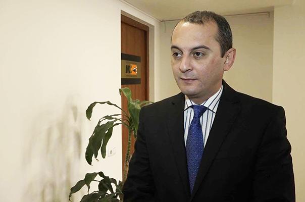 Վիկտոր Ենգիբարյանը դադարեցրել է անդամակցությունը «Լուսավոր Հայաստան» կուսակցությանը
