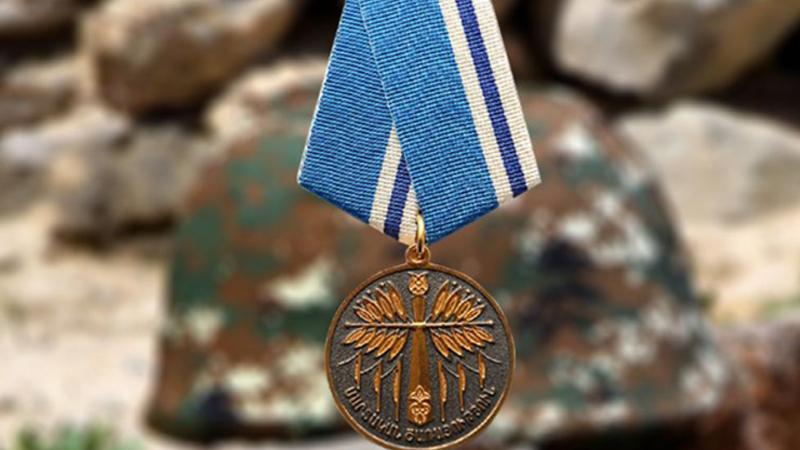 Նախագահի հրամանագրով մի խումբ զինծառայողներ հետմահու պարգևատրվել են պետական պարգևներով
