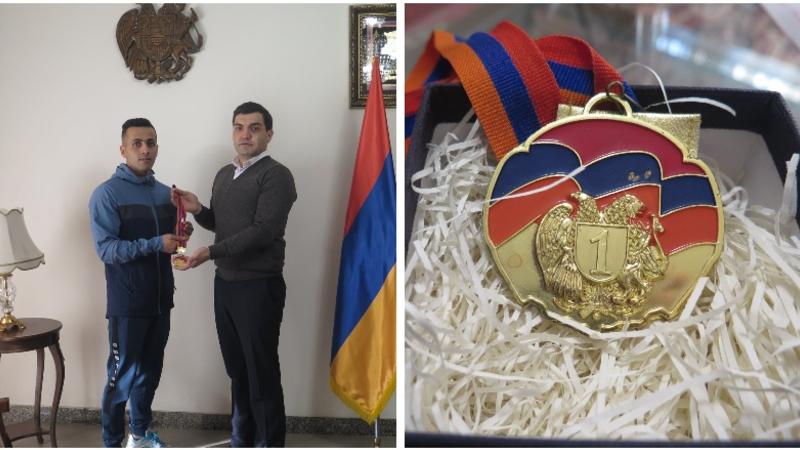 Իրանցի մարզիկն իր ոսկե մեդալը կնվիրի պատերազմում զոհված մարզիկ Արթուր Սուքիասյանի ընտանիքին