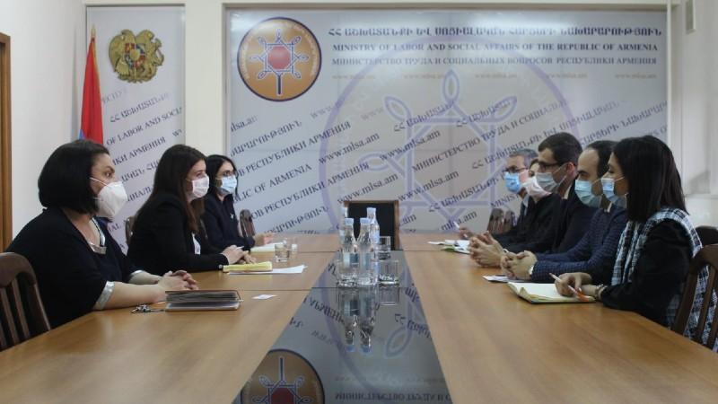 Մեսրոպ Առաքելյանը հանդիպում է ունեցել ՄԱԿ-ի Բնակչության հիմնադրամի գործադիր ներկայացուցչի հետ