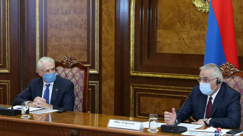 Փոխվարչապետ Մհեր Գրիգորյանի և Հայաստանում ՄԱԿ-ի մշտական համակարգող Շոմբի Շարփի նախագահությամբ Կառավարությունում կայացել է աշխատանքային քննարկում