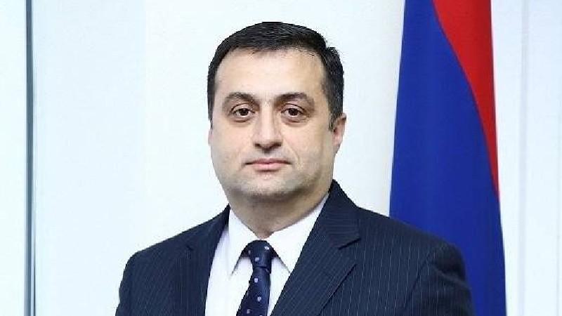 Մհեր Մկրտումյանն ազատվել է ԱՄԷ և Բահրեյնում ՀՀ դեսպանի պաշտոնից