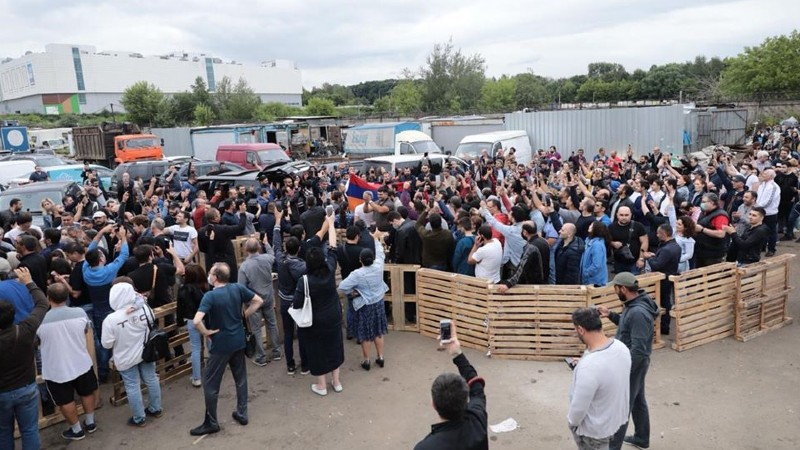 Ծիրաններով բեռնված հայկական բեռնատարները. ՌԴ-ում ՀՀ դեսպանությունը լուսանկարներ է հրապարակել