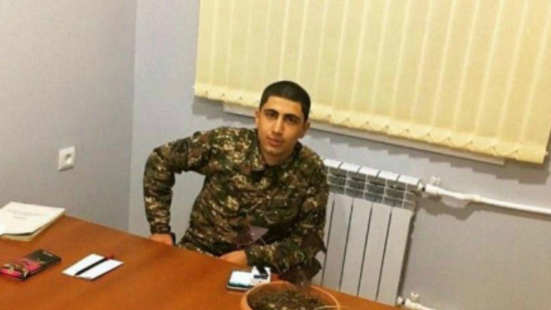 Զինծառայողի մահվան գործով Առաքել Մովսիսյանի որդուն մեղադրանք է առաջադրվել