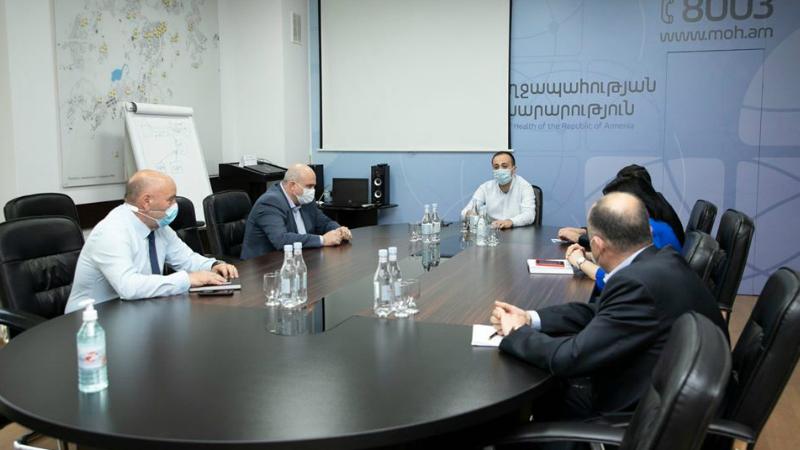 Արսեն Թորոսյանը հանդիպել է ՀՎԿԱԿ-ի մասնաճյուղերի տնօրեններին. վերջիններս ներկայացրել են կորոնավիրուսի պայմաններում մասնաճյուղերի կարողությունները