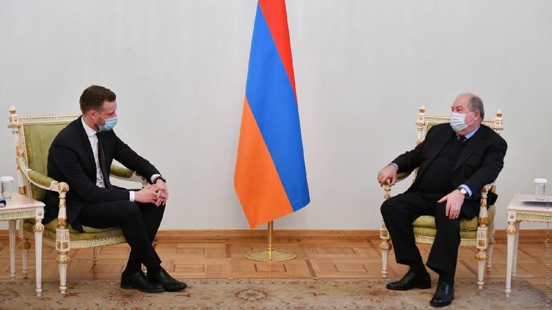Հայաստանն ու Լիտվան համագործակցության մեծ ներուժ ունեն. ՀՀ նախագահն ընդունել է Լիտվայի ԱԳ նախարարին