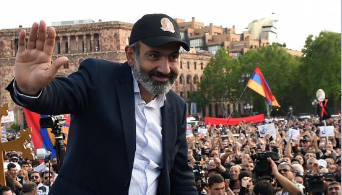 Հայաստանը հեղափոխությունից հետո ՝ Ադրբեջանցի լրագրողի աչքերով