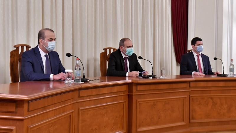 Պետք է հետևություններ անենք տեղի ունեցածից և գանք ճիշտ եզրակացությունների. վարչապետը ներկայացրել է ԱԱԾ նորանշանակ տնօրենին