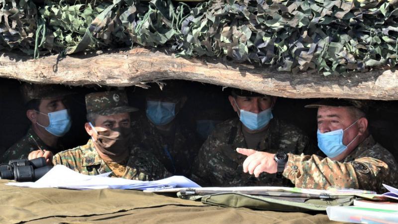 Օնիկ Գասպարյանը հետևել է 1-ին զորամիավորումում ընթացող հրամանատարաշտաբային զորավարժության ընթացքին