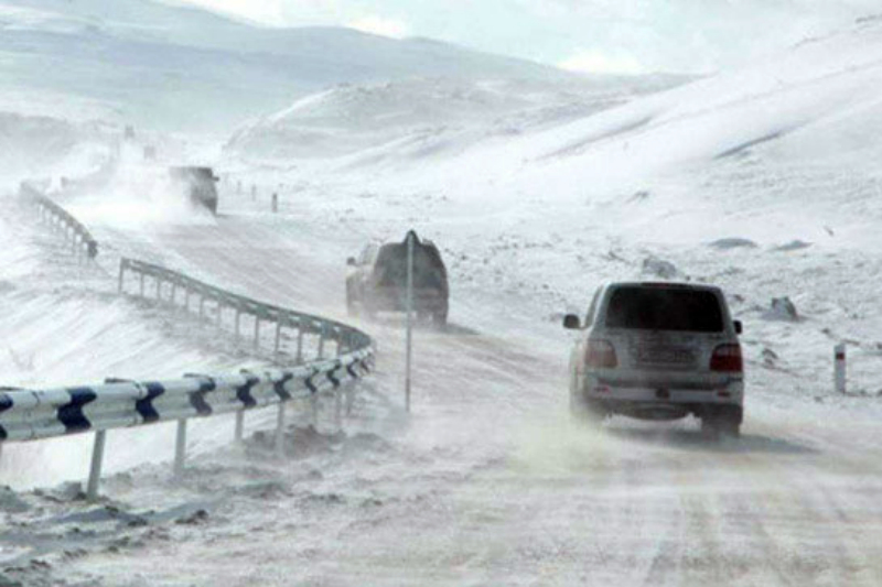 Վարորդներին խորհուրդ է տրվում երթևեկել բացառապես ձմեռային անվադողերով․ ԱԻՆ