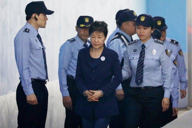 Հարավային Կորեայի նախկին նախագահը դատապարտվել է 24 տարվա ազատազրկման
