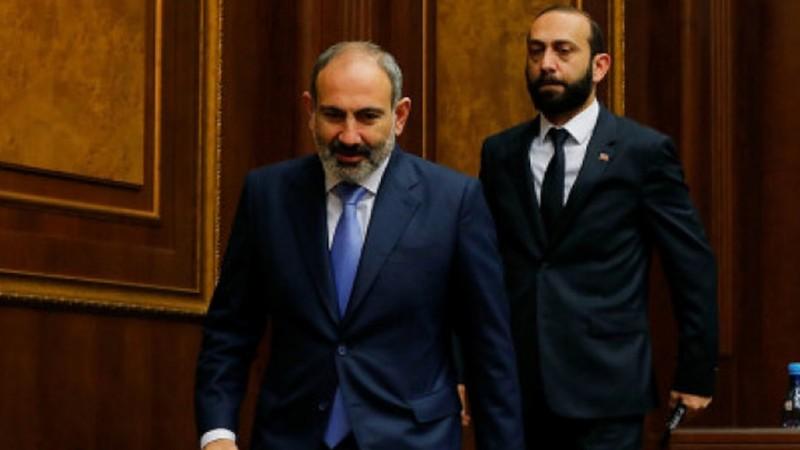 «Քաղաքացիական պայմանագիրը» վարչապետի այլընտրանքային թեկնածու չի փնտրում. Արարատ Միրզոյան