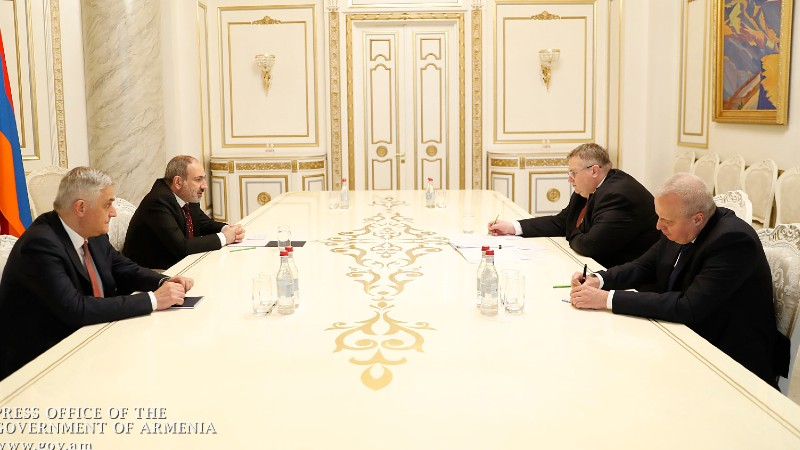Փաշինյանն ընդունել է ՌԴ փոխվարչապետ Ալեքսեյ Օվերչուկին