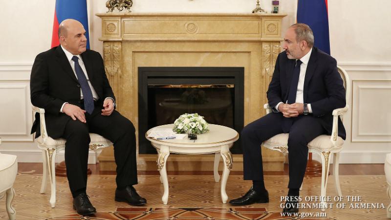 Ես հույս ունեմ՝ Դուք տեղեկացված եք, որ ադրբեջանական զորքերը որոշել են գնդակոծել Հայաստանի սահմանը․ Նիկոլ Փաշինյանն առանձնազրույց է ունեցել Միխայիլ Միշուստինի հետ