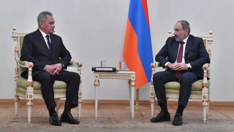 Վարչապետը հանդիպում է ունեցել Ռուսաստանի պաշտպանության նախարարի հետ (տեսանյութ)