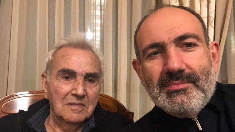 «Այսօր հայրիկս դարձավ 80 տարեկան․ բոլորիդ ծնողների կենացը»․ Նիկոլ Փաշինյան