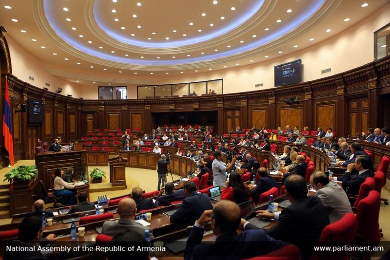 Հրայր Թովմասյանին ուղղված հայհոյա՞նք՝ քվեարկության փոխարեն. Ովքե՞ր են 2 «անվավեր» քվեաթերթիկների հեղինակները. «Ժողովուրդ»