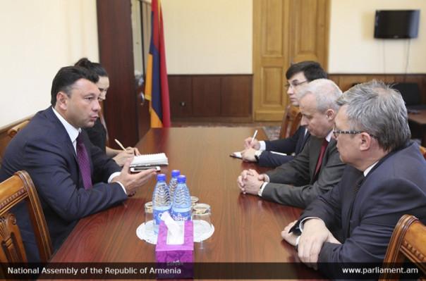 Էդուարդ Շարմազանովը ընդունել է Հայաստանում ՌԴ դեսպանին