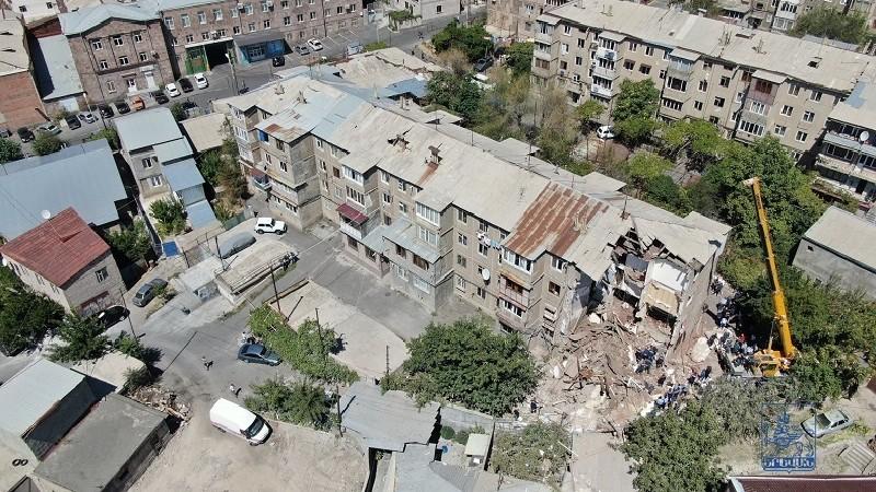 Կառավարությունը 31 մլն դրամ է տրամադրել Ռայնիսի փողոցում փլուզված շենքի վերանորոգման համար. (տեսանյութ)